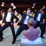 танец жениха и друзей